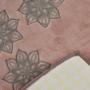 Kép 2/2 - Flower sötét mályva fürdőszobaszőnyeg szett